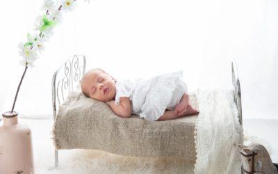 Jakie łóżeczko dla niemowlaka wybrać?