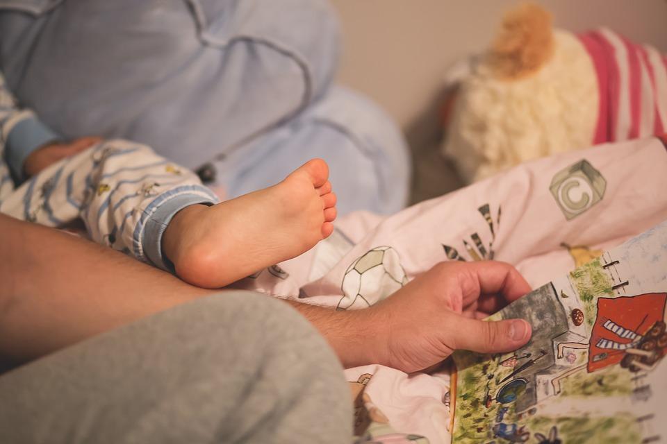 Na co zwrócić uwagę, wybierając łóżko dla dziecka?